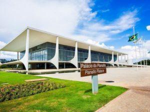 o-palacio-do-planalto-sede-do-poder-executivo-federal